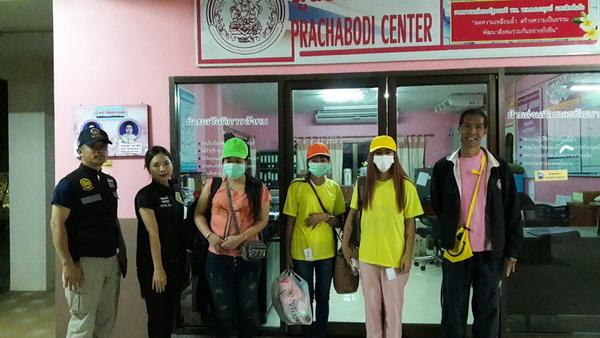 หึ่ง ! เด้ง 5 เสือ สภ.พานเซ่นร้านคาราโอเกะค้ากามสาวพม่าปกครองจ่อเอาผิดค้ามนุษย์