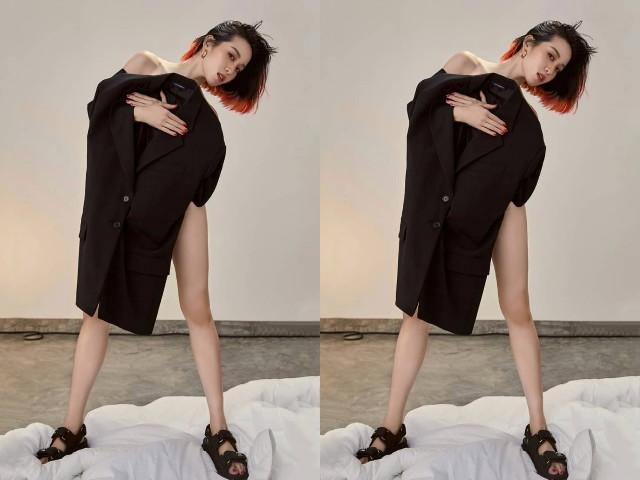 """""""พลอย หอวัง"""" ตามรอยพี่สาวสลัดผ้าถ่ายแบบขอเซ็กซี่แบบเท่ๆ"""