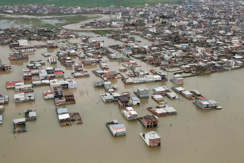 อิหร่านสั่งขยายพื้นที่อพยพน้ำท่วม-ยอดเหยื่อทั่วประเทศพุ่ง 70 ราย