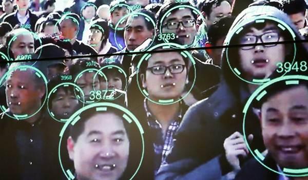ชายจีนถูกล้วงเงินจากโทรศัพท์มือถือระบบจดจำใบหน้า ขณะนอนหลับ