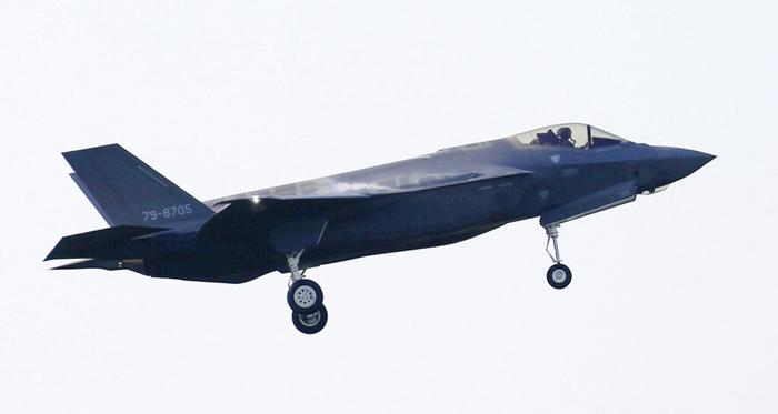 """ไม่เพียงญี่ปุ่นกับสหรัฐฯ  ทางจีนและรัสเซียก็ """"กำลังแข่งขันค้นหา เอฟ-35 ที่ตกทะเล'"""