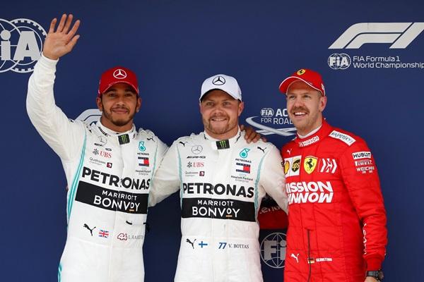 """""""บ็อตทาส"""" ซิ่งหยิบโพล F1 เรซที่ 1,000 """"อัลบอน"""" รถพังสตาร์ทคันสุดท้าย"""