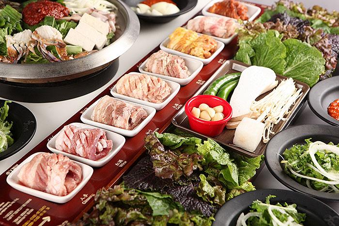 """PALSAIK Korean BBQ"" ต้นตำรับหมูย่าง 8 สี จากเกาหลี เปิดสาขาแรกในไทยที่สยามเซ็นเตอร์"