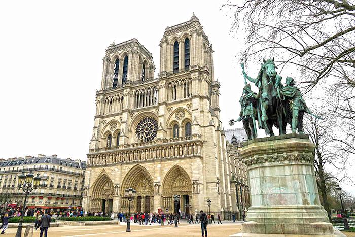 """รำลึกความงาม """"มหาวิหารน็อทร์-ดาม"""" สุดยอดโบสถ์กอธิค หนึ่งในสัญลักษณ์ของปารีส"""