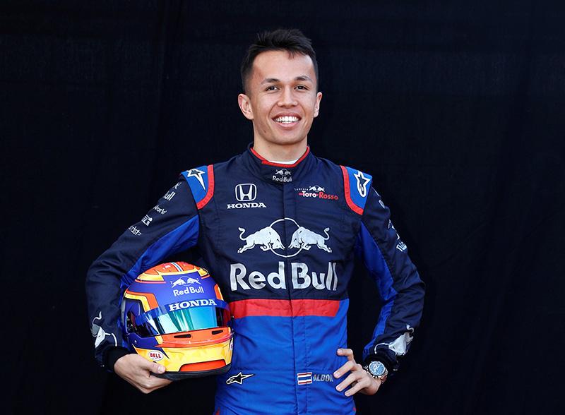 อัลบอน เป็นนักซิ่ง F1 เต็มตัวแล้ว