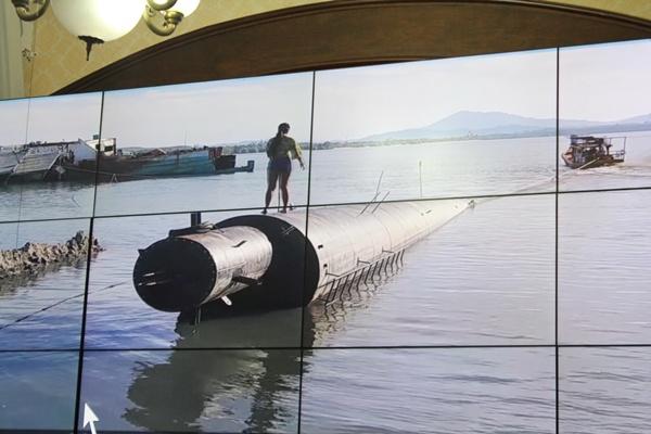 ผู้ว่าฯภูเก็ตสั่งตรวจสอบโรงงานสร้างบ้านในทะเล พบไม่มีใบอนุญาต ตม.เพิกถอนวีซ่าเจ้าของแล้ว