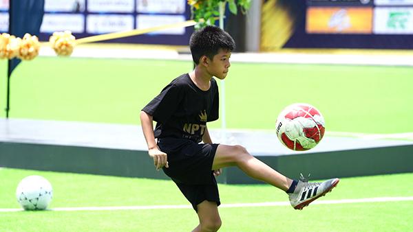 """ปิดศูนย์ฝึกทักษะกีฬาฟุตบอลระดับเยาวชน""""THE KING TIGER ACADEMY"""""""