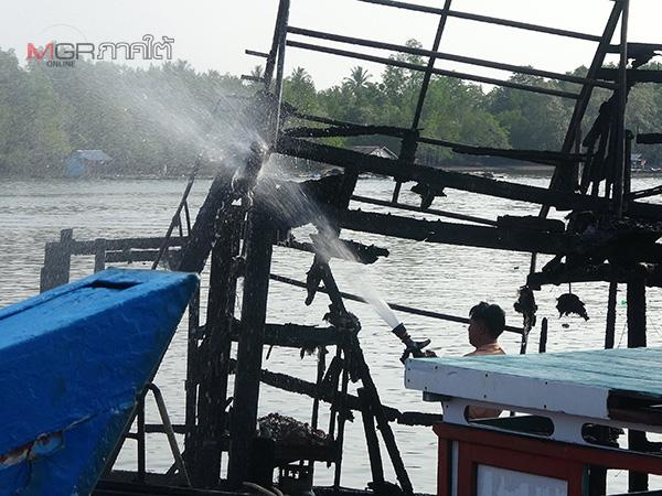 ชมรมเรือทัวร์เบ็ดสตูล ประกาศหยุดรับลูกค้าชั่วคราวหลังถูกเพลิงไหม้ ตร.เร่งสืบหาสาเหตุ
