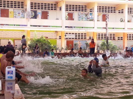 เร่งฝึกเด็กประถมว่ายน้ำให้เป็นลดจมน้ำตาย  เฉลี่ยแต่ละปีจมน้ำดับมากเกือบพันคน