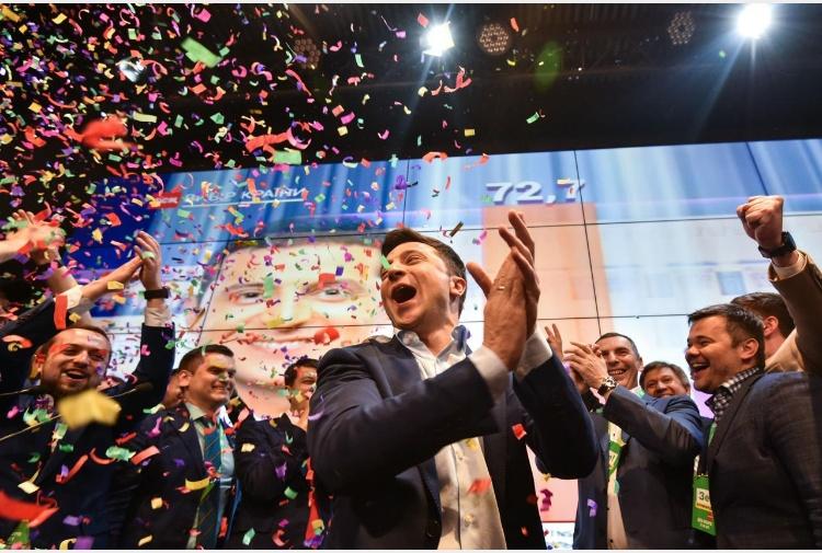 """อียูยินดีกับ """"โวโลดีมีร์ เซเลนสกี"""" ปธน.ยูเครนคนใหม่ ขอบคุณที่ยึดมั่นประชาธิปไตย"""