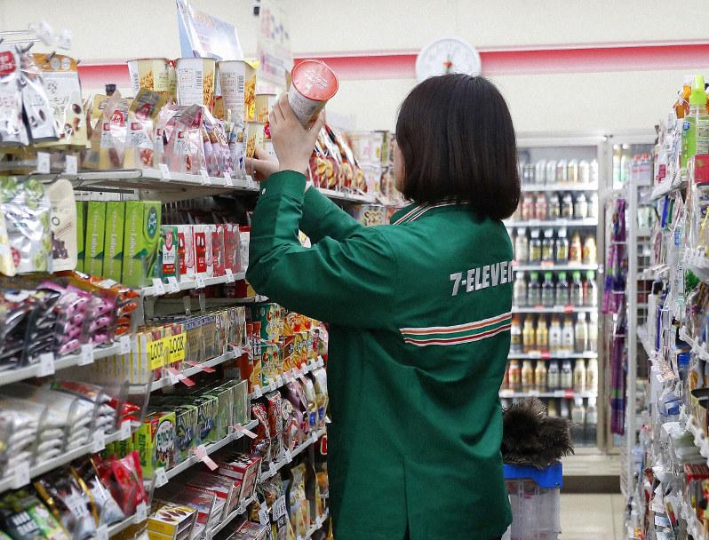 ญี่ปุ่นกำลังหาทางป้องกันกรณีธุรกิจร้านสะดวกซื้อบังคับแฟรนไชส์เปิด 24 ชั่วโมง