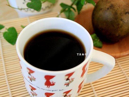น้ำต้มหล่อหั้งก้วยเครื่องดื่มสุขภาพในหน้าร้อน ขอบคุณภาพจาก https://www.xinshipu.com/zuofa/664039