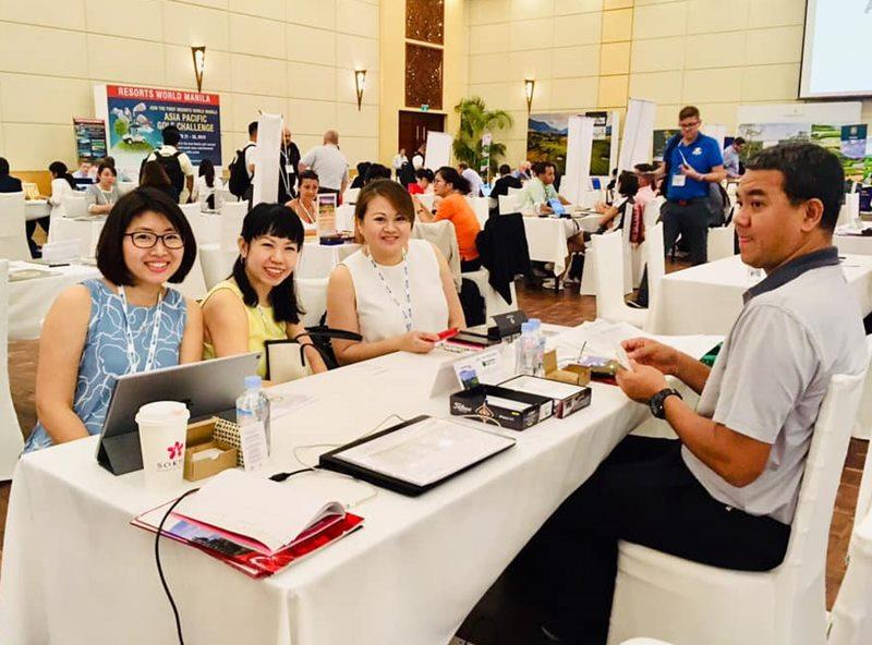 พัสกร รอดเดช  ผู้จัดการทั่วไป สนามชีจรรย์ กอล์ฟ รีสอร์ท นำทีมพบปะกับองค์กรและหน่วยงานต่างๆ ในงาน  Asian Golf Tourism Convention ณ เมืองเสียมเรียบ ประเทศกัมพูชา