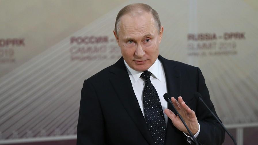 """มอสโกเล็งเปิดทางให้ """"ชาวยูเครน"""" ขอสถานะพลเมืองรัสเซียง่ายขึ้น"""