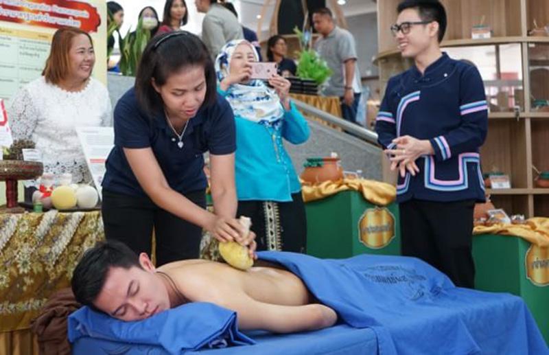 """กรมแพทย์แผนไทยฯ เร่งปรับปรุง 4 เรื่อง ยื่น """"นวดไทย"""" มรดกโลก"""