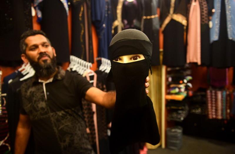 กลุ่มชาตินิยมฮินดูเรียกร้อง 'อินเดีย' สั่งห้ามหญิงมุสลิมปิดบังใบหน้า