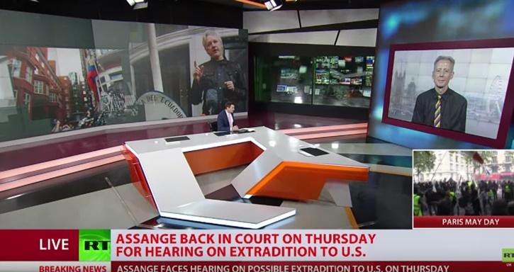 """In Clips: """"เจ้าพ่อวิกิลีกส์"""" ถูกอังกฤษสั่งจำคุก 50 สัปดาห์ฐานหนีเงื่อนไขประกันปี 2012"""