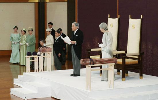 ชาวญี่ปุ่นถวายอำลาอาลัย แด่อากิฮิโตะ-จักรพรรดิของประชาชน