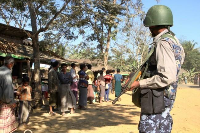 กองกำลังพม่ายิงคนดับอย่างน้อย 6 ระหว่างสืบหาผู้ต้องสงสัยเอี่ยวกลุ่มกบฎในยะไข่