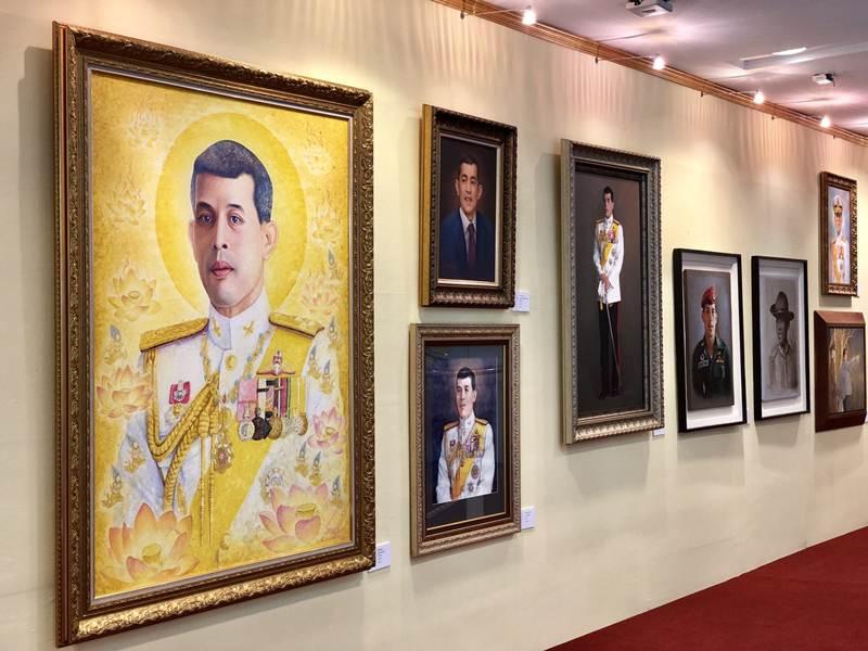 """100 ศิลปิน รวมดวงใจจัดงาน มหกรรมศิลปะ """"พระทศธรรมราชา"""""""