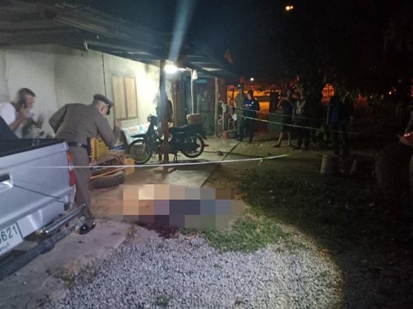 หลานโหดยิงน้าเขย 8 นัด ดับคาบ้านหลังแค้นถูกด่า