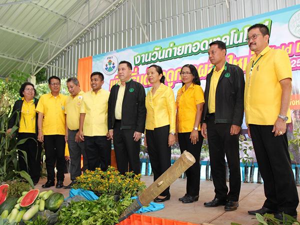 เกษตรที่ 5 สงขลาร่วมกับจังหวัดตรัง จัดงาน Field Day เริ่มต้นฤดูการผลิตใหม่ปี 2562