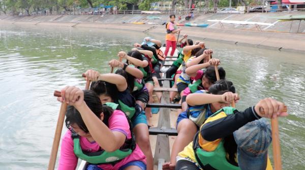 อึ้งหนัก!ทีมเยาวชนเรือพายลำปาง ได้ตั๋วแข่งระดับโลก แต่ไร้งบหนุน-เรือ/ใบพายไม่ครบ เบี้ยเลี้ยงลดซ้ำ