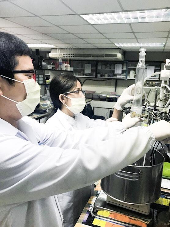 พัฒนาวัสดุช่วยลดต้นทุนผลิตเอทานอลจากวัสดุการเกษตร
