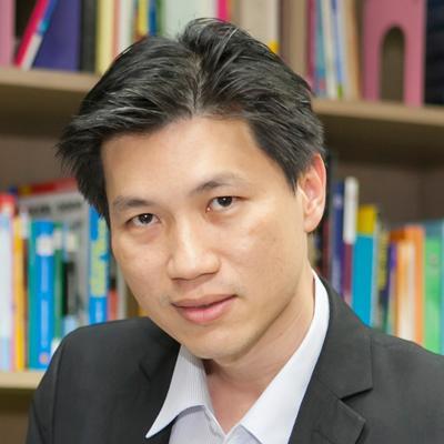 ดร.สุรเดช จองวรรณศิริ ผู้อำนวยการ TRIS Academy of Management, ทริส คอร์ปอเรชั่น