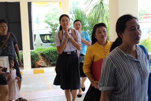 """""""น้องน้ำผึ้ง""""เฮได้สัญชาติไทยตามน้องพลอย แถมสอบติดเทคนิคการแพทย์ มช.แล้ว"""