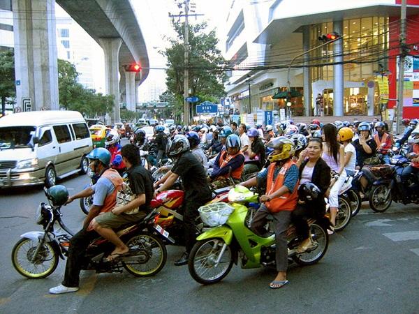 """ครม.จ่อขึ้น""""ภาษีรถจักรยานยนต์"""" 1 ม.ค.63 อ้างลดปล่อยก๊าซเรือนกระจกให้ได้ตามเป้า!"""