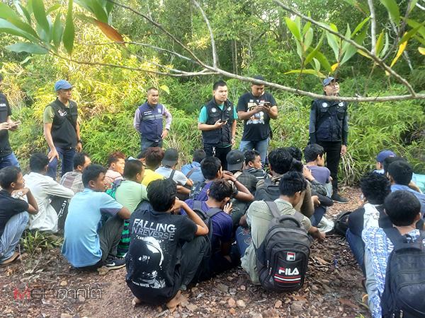 บุกจับแรงงานชาวพม่า 27 คน กลางป่าหาดใหญ่รอทยอยข้ามพรมแดนไปมาเลเซีย