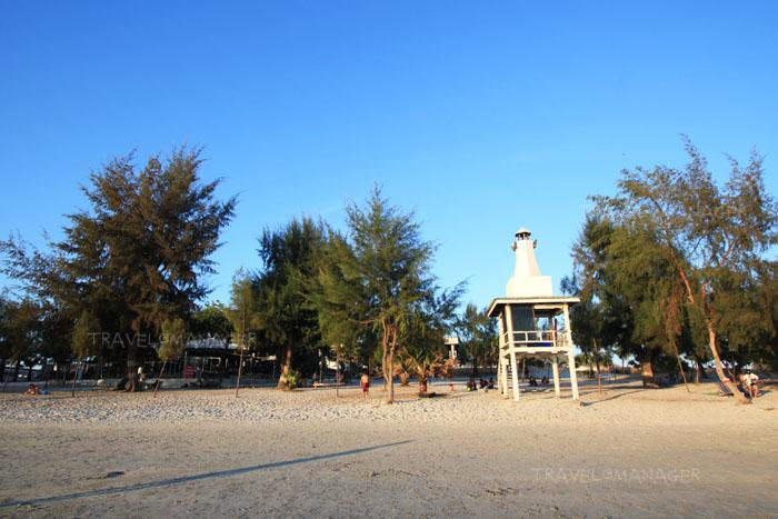 หาดทรายขาวที่หาดน้ำใส