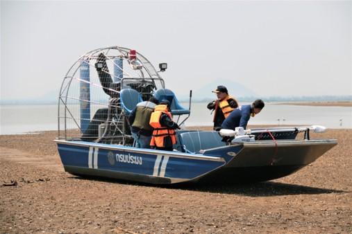 ประมงฯส่งแอร์โบ๊ทลาดตระเวนบึงบอระเพ็ดเข้ม 24 ชม.สกัดคนลอบล่าจระเข้-จับปลาผิดกฎหมาย