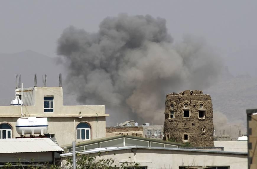 บินขับไล่ถล่มเมืองหลวงเยเมน หลังฝ่ายกบฏโจมตีท่อส่งน้ำมันซาอุฯ