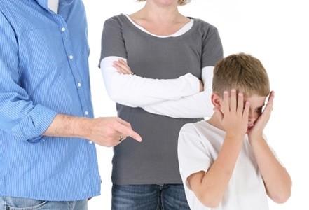 9 ข้อความทำร้ายจิตใจลูกที่คุณพ่อคุณแม่ควรเลี่ยง