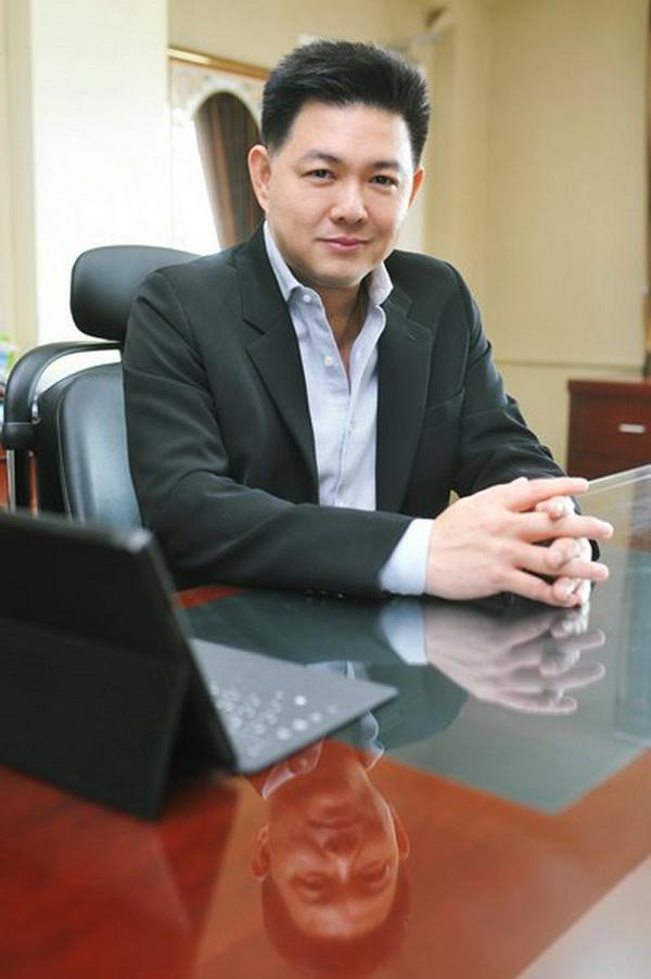นายจิรศักดิ์ จิยะจันทน์ ประธานเจ้าหน้าที่บริหาร บริษัท เวิลด์ คอร์ปอเรชั่น จำกัด (มหาชน) หรือ WORLD