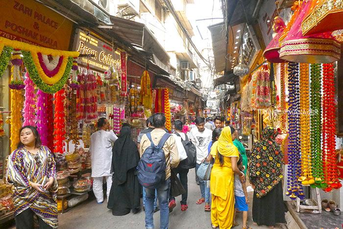 จันนีโชค ย่านแห่งความคึกคักโกลาหลที่เต็มไปด้วยความ Incredible India