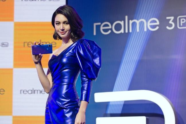 """realme เปิดตัว realme 3 Pro พร้อมดึง """"ใหม่-ดาวิกา โฮร์เน่""""เป็นแบรนด์แอมบาสเดอร์คนแรก"""