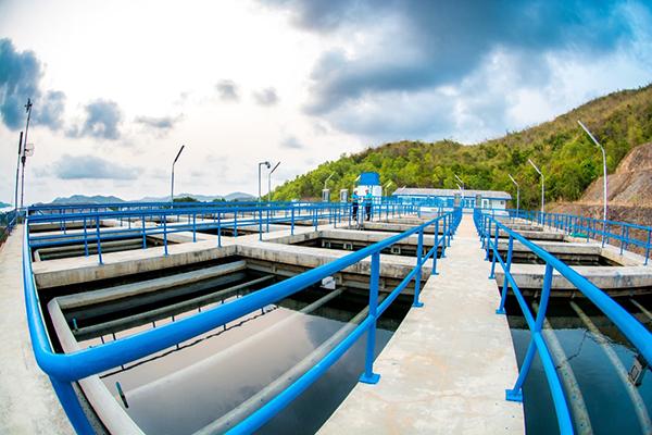 """""""อีสท์ วอเตอร์"""" ยืนยันปีนี้ น้ำมีเพียงพอป้อนโรงงานในพื้นที่รับผิดชอบแน่นอน"""