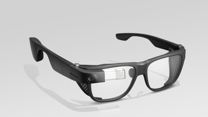 Google Glass อัปเดตใหม่ เก่งขึ้นแต่ยังดีไซน์เดิม