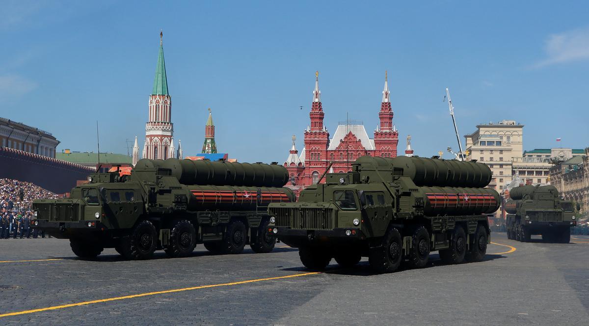 ตุรกีเตรียมรับมือการคว่ำบาตรจากสหรัฐฯ กรณีซื้อ S-400 ของรัสเซีย