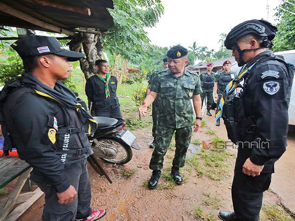 กอ.รมน.ภาค 4 ส่งชุดปฏิบัติการเชิงรุก 735 ชุดเข้าทุกหมู่บ้าน หวังจำกัดเสรีกลุ่มก่อเหตุ