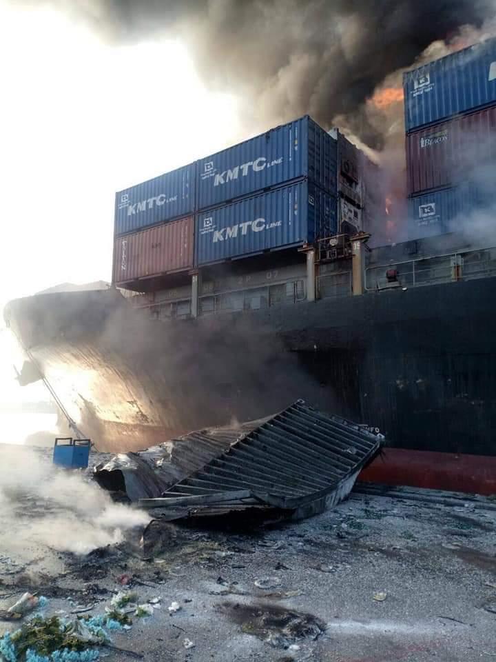 กทท.เผยเรือไฟไหม้แจ้งบรรทุก ตู้สินค้าทั่วไป ไม่ใช่สารเคมี