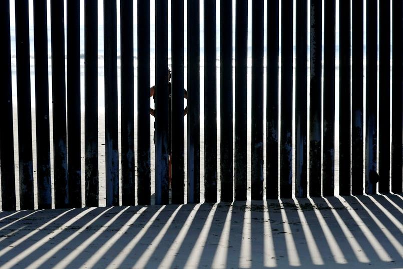 ผู้พิพากษาสหรัฐฯ ออกคำสั่งชั่วคราวห้าม 'ทรัมป์' ดึงงบเพนตากอนไปสร้างกำแพง