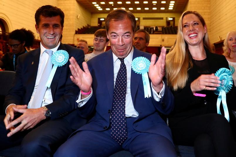 พรรคเบร็กซิตของ 'ไนเจล ฟาราจ' คว้าชัยศึกเลือกตั้งรัฐสภายุโรปในอังกฤษ