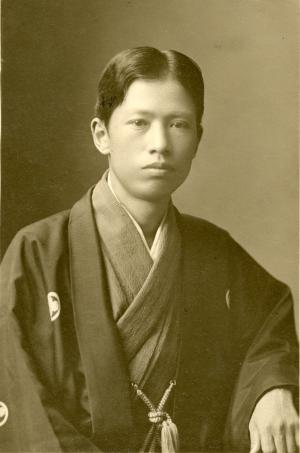 ฮิชิดะ ชุนโซ (1874-1911; สิริอายุ 37 ปี)