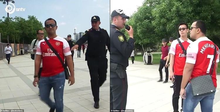 """(คลิป) เด็กปืนวอนทีน สวมเสื้อสกรีนชื่อ """"มิคกี"""" เดินว่อนบากู"""