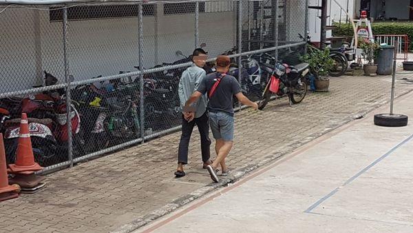 รับหมดเปลือก!หนุ่มนครไทย คว้าเหล็กฟาดหนุ่มรุ่นน้องดับ-ห่อศพทิ้งข้างทางจนเหลือแต่โครงกระดูก