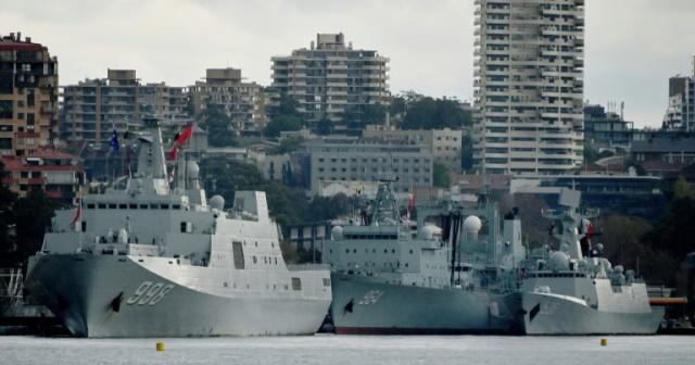 ชาวออสซีแตกตื่น! กองเรือจีนเทียบท่าเรือซิดนีย์ไม่มีปี่มีขลุ่ย